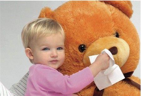 Каковы особенности лечения насморка у ребенка?